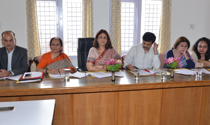 Dr. Sadhna Thakur urges to donate liberally towards Red Cross