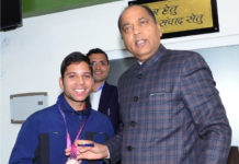 Bronze Medal winner Pink Raj calls on Chief Minister Jai Ram Thakur