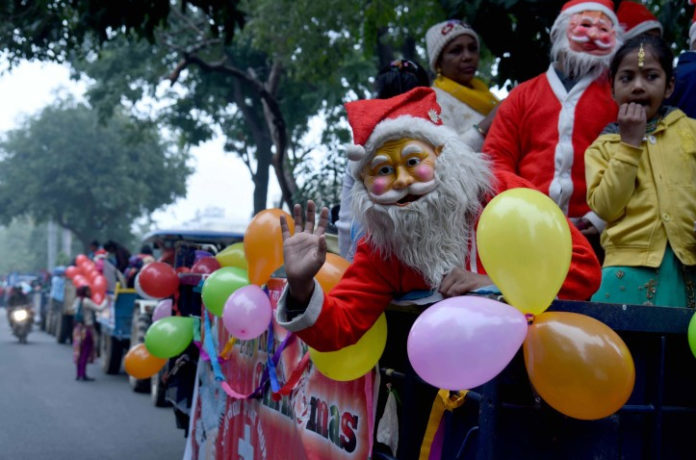 Christian Community takes out Shobha Yatra to mark Christmas