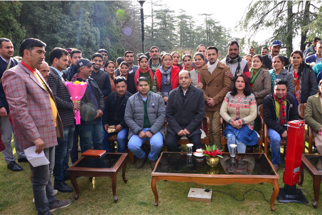 Himachal Pradesh CM receives New Year greeting from various people