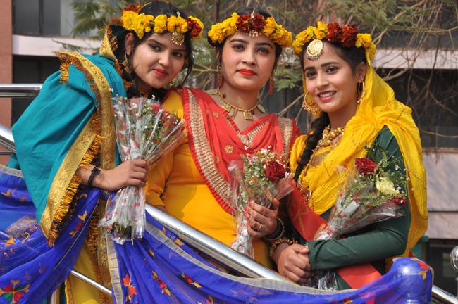 Dev Samaj College for Women organises Tashan-E-Basant