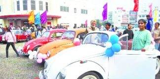 Patiala Heritage Festival Classic beauties draw crowds in rally