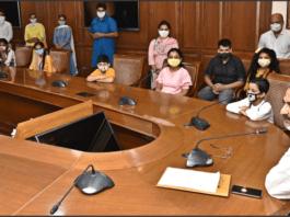 Education Minister felicitates 'Ambassadors of Hope' winners